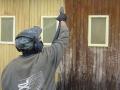 soodapritsiga-garaazi-seina-puhastamine